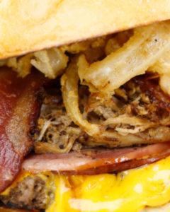 3 lil pigs burger